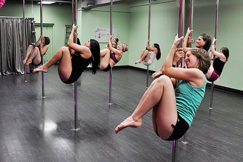 Упражнения На Пилоне Для Похудения. Pole dance как способ похудения