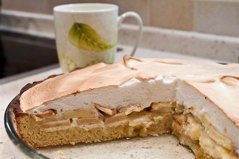 Песочный пирог с яблоками и творогом рецепт с пошагово