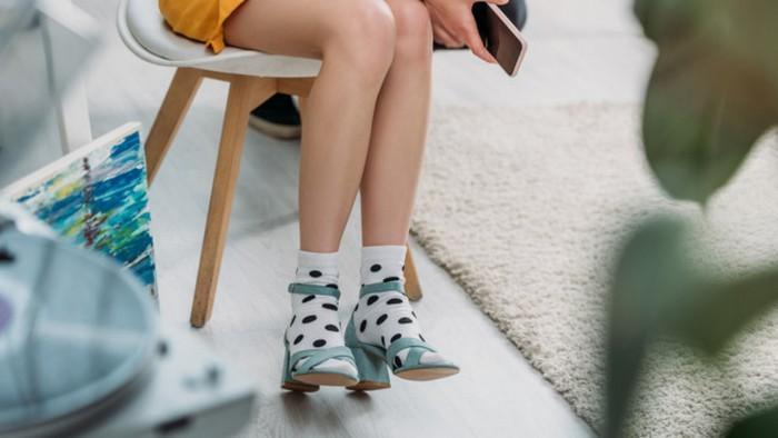 Сандалии с носками стали новым модным трендом